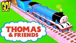 Томас и его Друзья играем за новый паравозик Гордон в замке с Приведениями открываем новые Игрушки