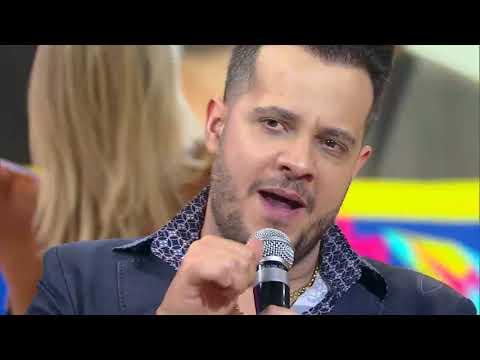João Neto e Frederico dão show com hit Saudade do Caramba