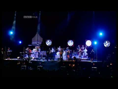 Arcade Fire - Rebellion (Lies) | Reading Festival 2007 | Part 8 of 9