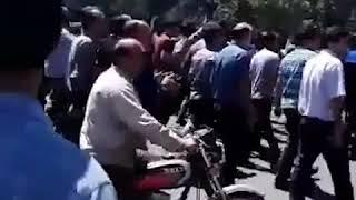 İran'da Halk Hayat Pahalılığını Protesto Etti