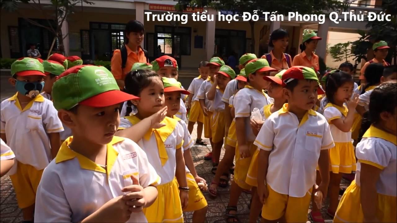Khối Lá tham quan trường tiểu học Hoàng Diệu và Đỗ Tấn Phong 2016