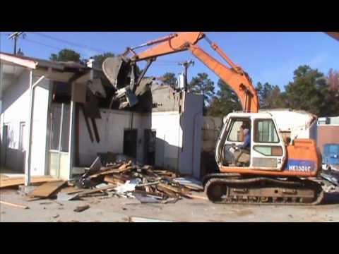 Demolition Of Old Union 76 Gas Station