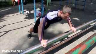 Владимир Авдеенко: упражнения для всего тела с резиновыми петлями R4P