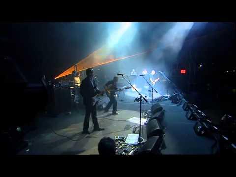 Скачать торрент David Gilmour - Live in Gdansk (2 8) DVD5