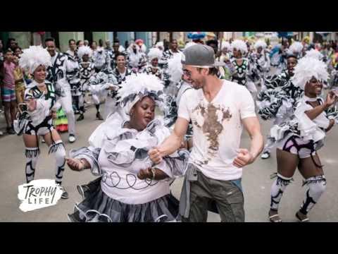 Enrique Iglesias Adelanta su Nuevo Video Musical 'Súbeme la radio'