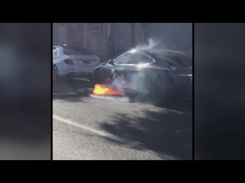 Tesla Model S Bursts into Flames on the Street