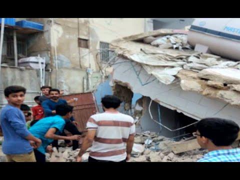 کراچی: سرکاری زمینوں پرقائم متحدہ کے7 دفاتر کو گرادیا گیا