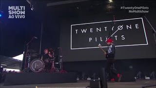 Скачать Twenty One Pilots Polarize Live HD Concert