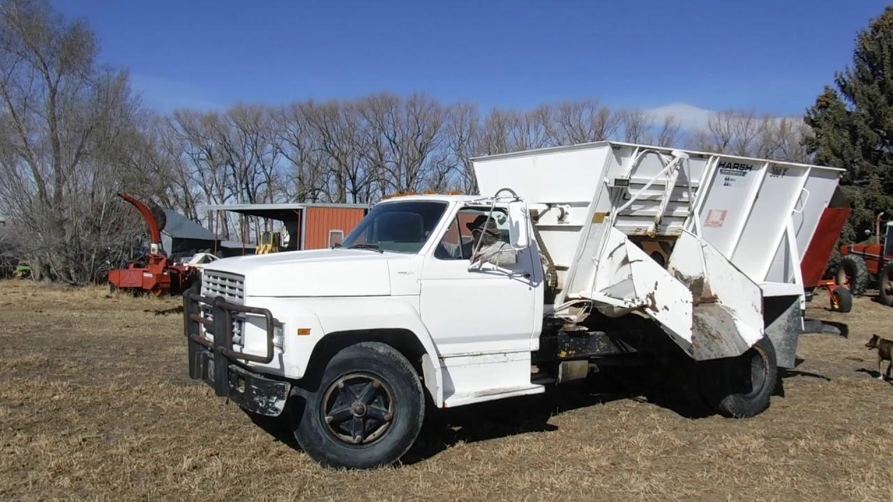 f593341fb3 1981 Ford F700 S A Mixer Feeder Truck w  Harsh 300 Box - YouTube