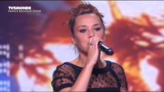 ZAZ - Sous le ciel de Paris(ZAZ поёт песню из репертуара Ива Монтана