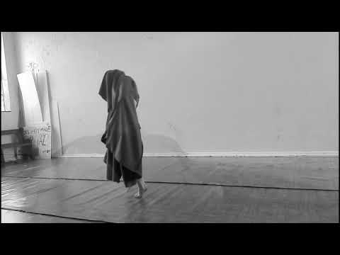 SPLIT (2017) directed by Adriana Jamisse & choreographed by Julia de Rosenwerth (Trailer)