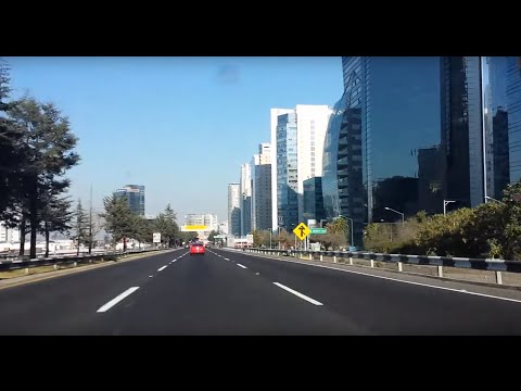 Driving into Mexico City from Santa Fe