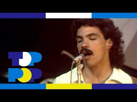 Daryll Hall & John Oates - Gino (The Manager)