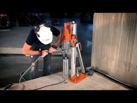 Husqvarna DM 220 on DS 250 - Drilling concrete
