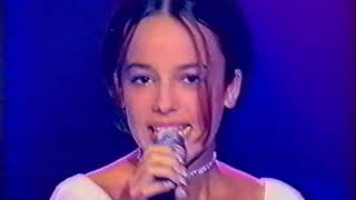 2001-06-21 - Tapis Rouge (France 2) - Parler tout bas