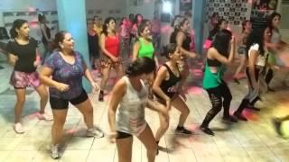 Aula de dança mix com o Prof Aell Sales na Academia Top Fitness, Ci...