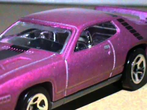 Hot Wheels /'71 Plymouth Road Runner 2012 New Models Purple