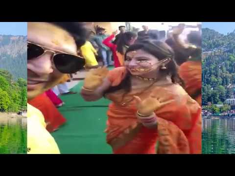 Best Dance Ever on Chaita Ki Chaitwal Gharwali Song by Pauri Ladies