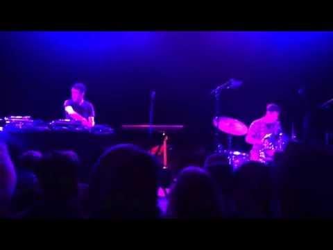 RJD2 - 1976 Live