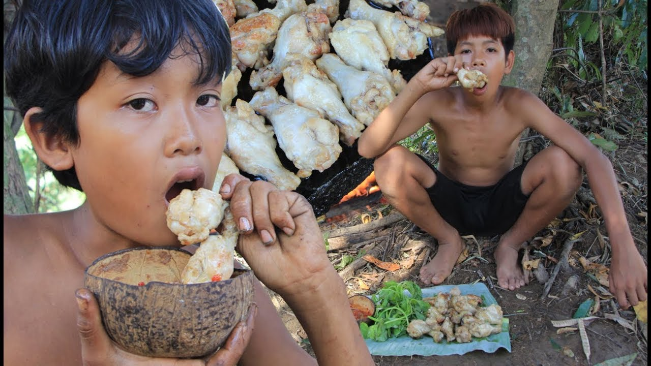 Primitive Technology - Grilled chicken on a rock - eating delicious