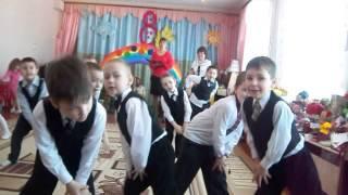 Танец на утреннике к 8 марта , в детском саду