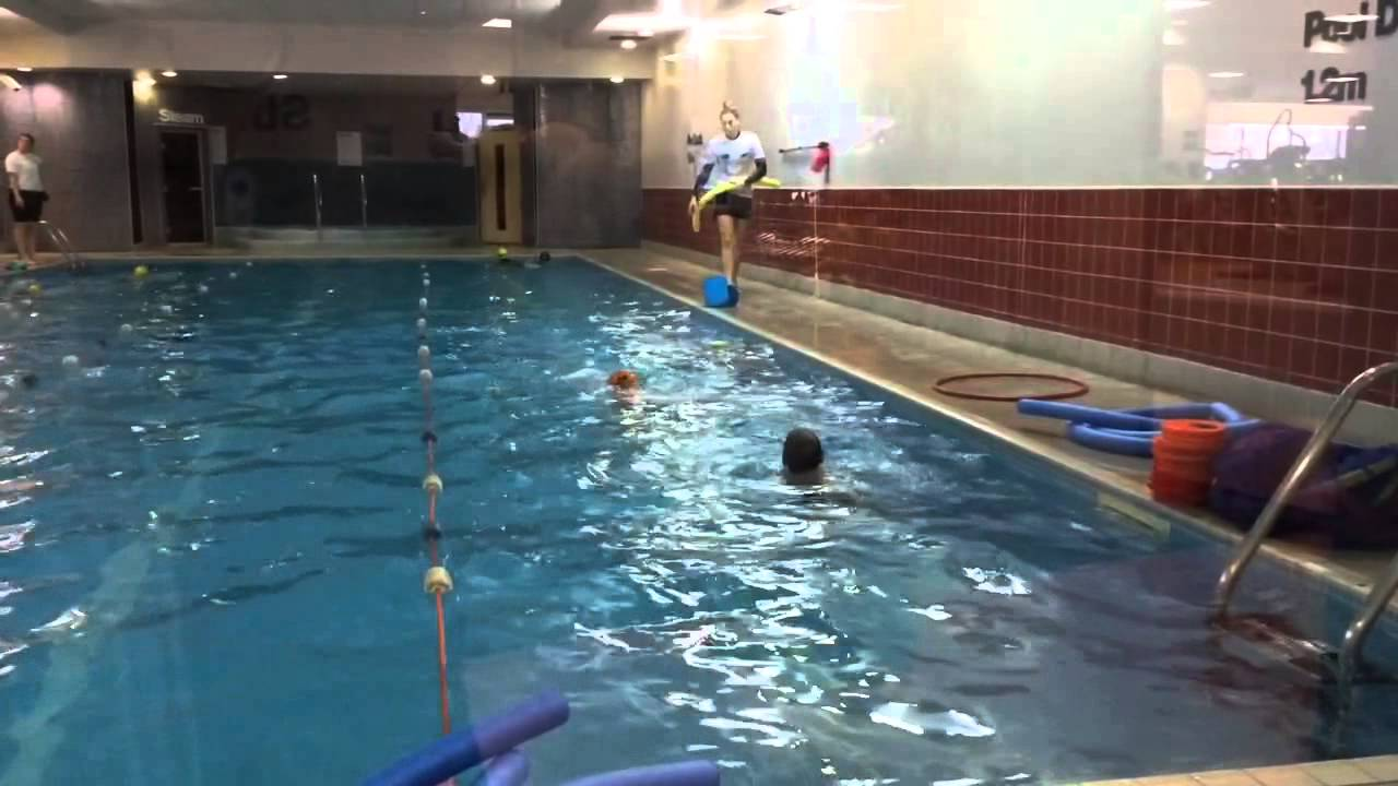 Andrey swimming mar 39 15 pool 20m long deep youtube - How deep is the average swimming pool ...