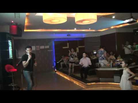 Mikey Lampa - Karaoke in China
