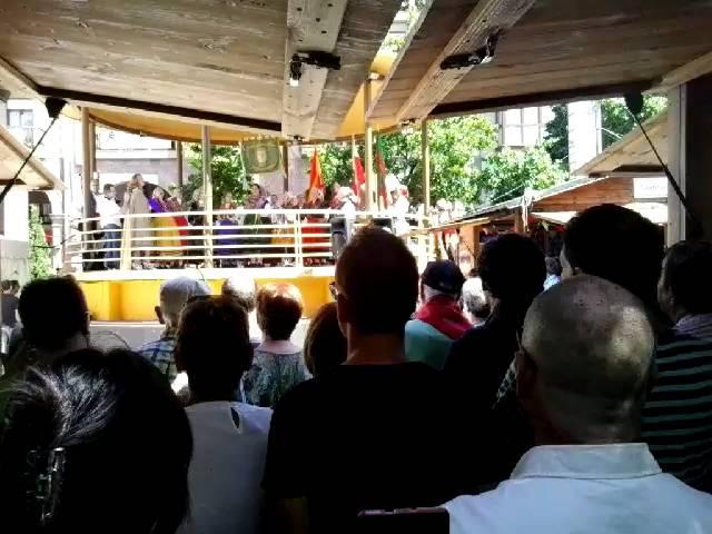 La Feria del Hojaldre comienza con música tradicional
