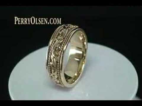 14K Yellow Gold Hand Carved Paisley Design Wedding Band Ring