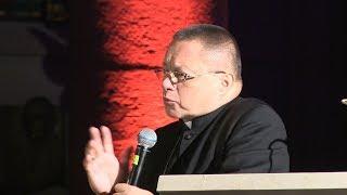 Nie jesteście przyszłością, jesteście teraźniejszością Kościoła - abp Grzegorz Ryś na Nocy Świętych