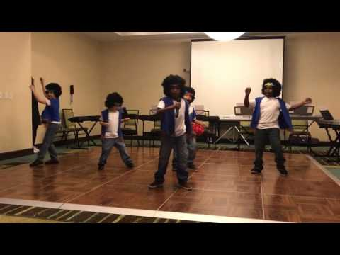 Elite Scholars STEAM Academy 1st Graders sing I Want You Back by Jackson 5