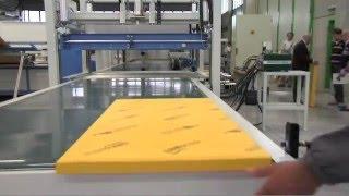 видео Производство упаковок и коробок из гофрокартона
