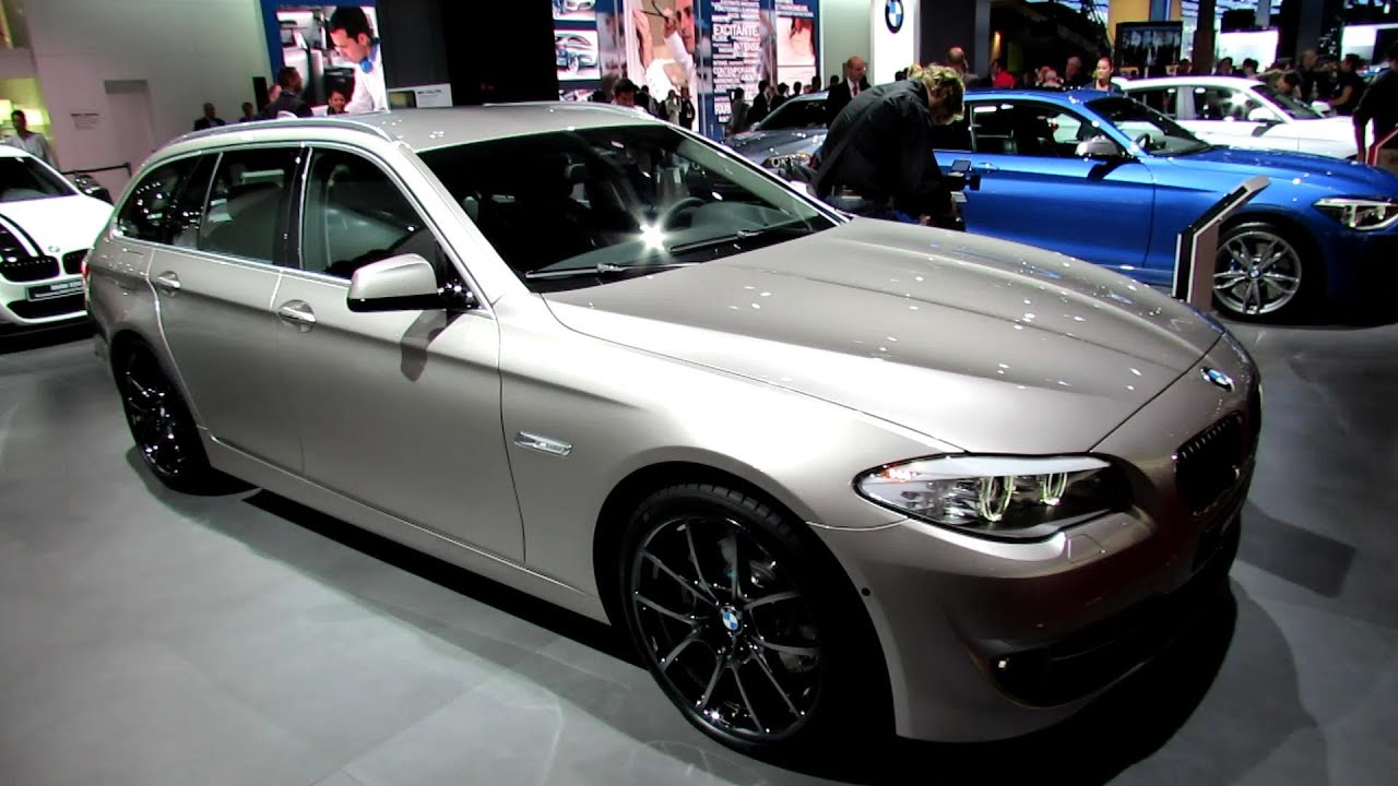 2012 bmw 520d touring exterior and interior walkaround 2012 paris auto show youtube. Black Bedroom Furniture Sets. Home Design Ideas
