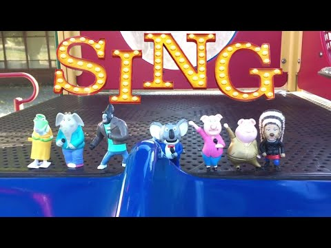 SING Toys Play at TINY Park! Tiny Slide! Swing! COOL Tunnel! Minions!😀😀