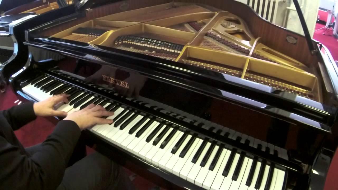 piano queue d 39 occasion pleyel 174 youtube
