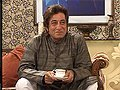 Shakti Kapoor caught doing a B grade film again