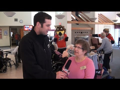 Abbotsford Heat Visit Maplewood Seniors Care Society 19.03.13