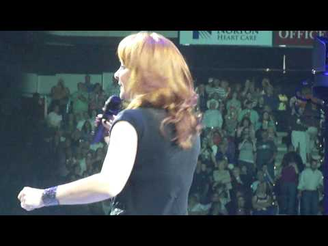 Reba The Fear Of Being Alone Louisville KY 4/9/11