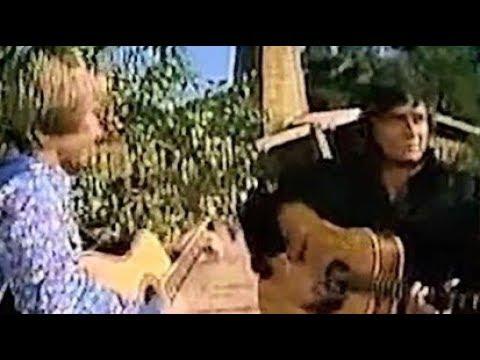 Johnny Cash & John Denver – Take Me Home, Country Roads (Rare Footage)
