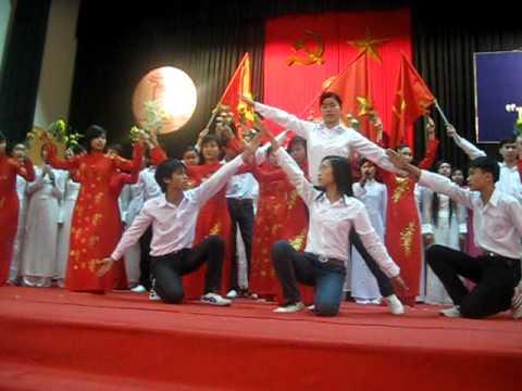Màu Cờ Tôi Yêu-Đội Văn Nghệ Trường THPT Nguyễn Du-Thanh Oai Hà Nội