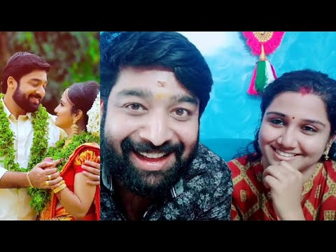 sree niranjan tik tok with his wife malayalam serial actor tiktok malayalam kerala malayali malayalee college girls students film stars celebrities tik tok dubsmash dance music songs ????? ????? ???? ??????? ?   tiktok malayalam kerala malayali malayalee college girls students film stars celebrities tik tok dubsmash dance music songs ????? ????? ???? ??????? ?