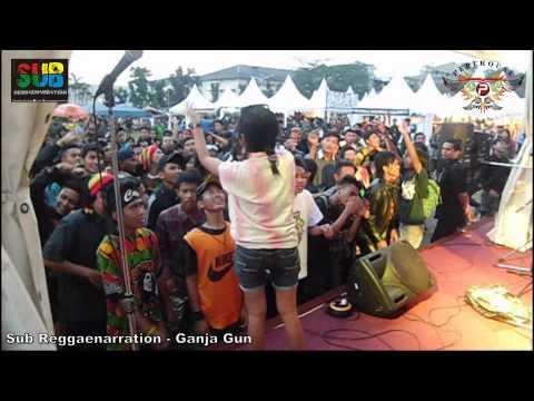 SUB Reggaenarration - Ganja Gun (bob marley) at @bandcloth_fest 2013
