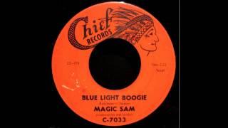 Play Blue Light Boogie