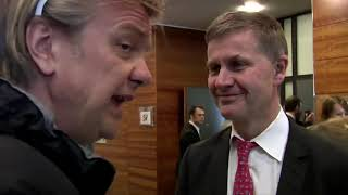 1 - Strømsløser'n Alex Rosén får penger på SV landsstyremøte
