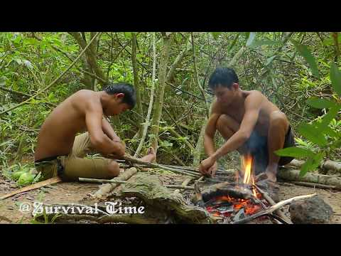 Roasted Yummy Big Fish | Cooking Big Fish In The Forest Eating Delicious