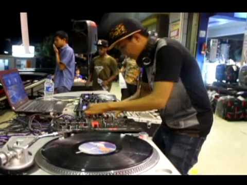 DJ Vicx @Ramayana 11 07 2015