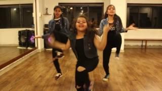 Tamma Tamma Again   Varun , Alia   Bappi L, Anuradha P  ft  Bollywood Mixtape
