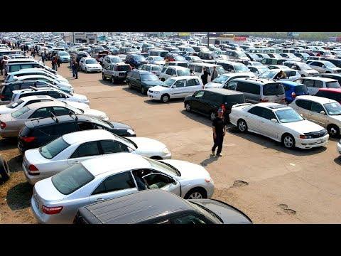 В Кыргызстане массово скупают машины