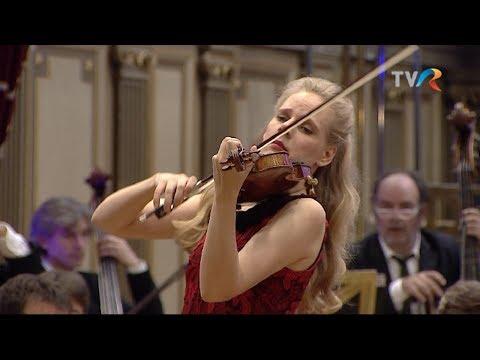 C.Saint-Saëns Violin Concerto No.3 - Simone Lamsma - François-Xavier Roth - Les Siècles