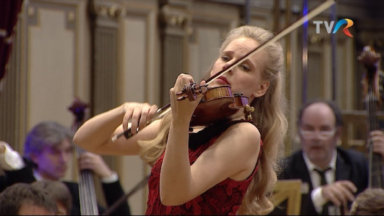 video: C.Saint-Saëns Violin Concerto No.3 - Simone Lamsma - François-Xavier Roth - Les Siècles